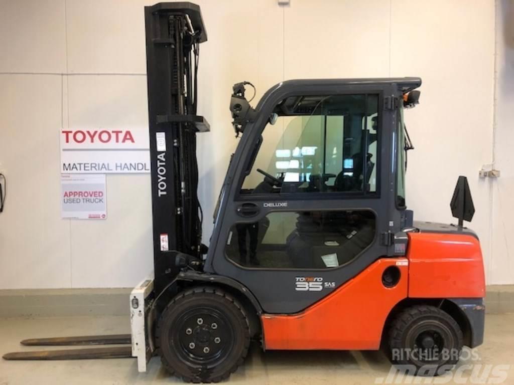 Toyota 02-8FDJF35
