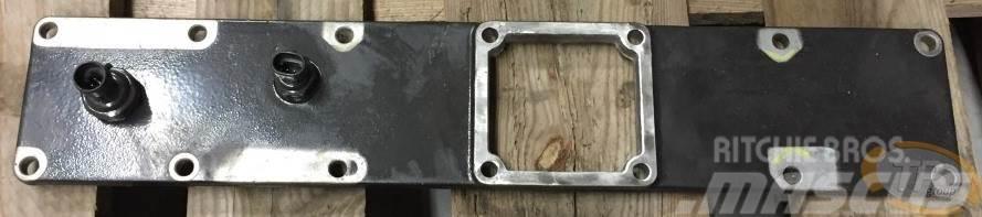 Cummins 3991819 Luftansaugkrümmer Intake manifold cover &T