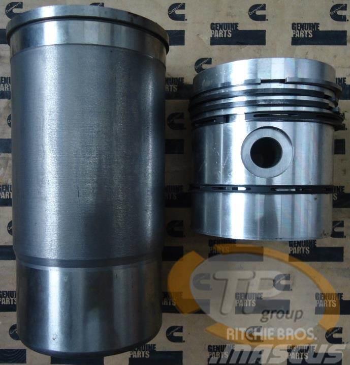 CASE IHC 3044479R94 Liner Kit BD154