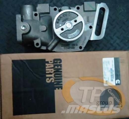 Cummins 3801708 kit, water pump - Engines, Year of