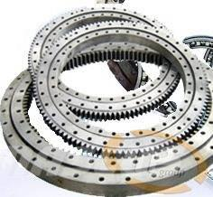 Komatsu PC300-5 Drehkranz 207-25-511101