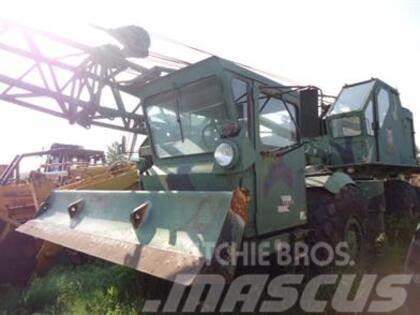 American Hoist Derr 2380 20 Ton 4x4 Rough Terrain Crane Arm
