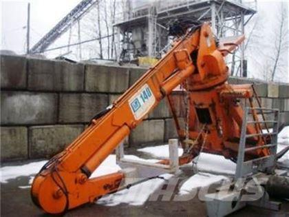 Barko 14000 SELF-LOADING LOG LOADER