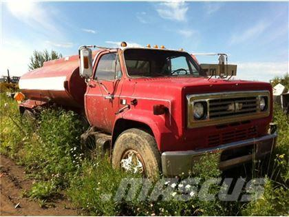 Chevrolet 70 Single Axle Water Truck