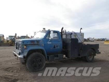 Chevrolet C65 FLATBED DUALLY WELDING TRUCK