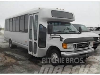 Ford E450 SD DRW Bus