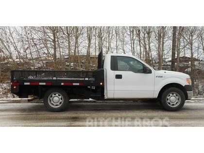 Ford F150 4x2 XL Single Axle Deck Truck