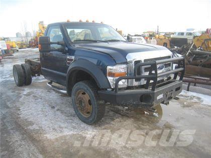 Ford F550 CAB AND CHASSIS