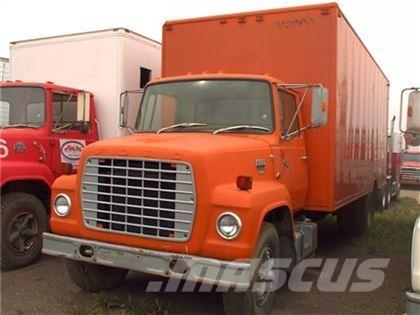 Ford S/A 24 FT VAN TRUCK