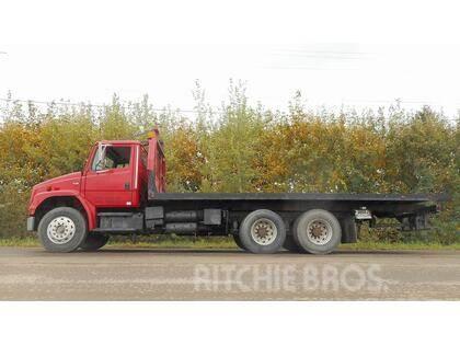 Freightliner FL80 T/A TILT DECK