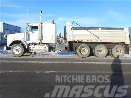 Freightliner SLEEPER TRI DRIVE DUMP TRUCK