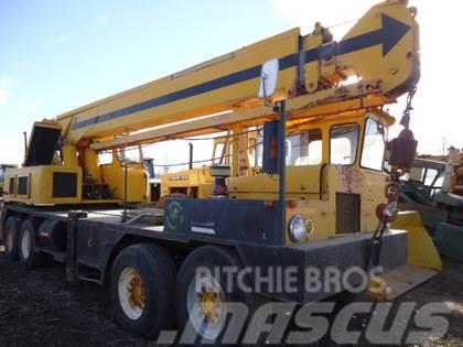 Grove TM225T Tandem Tandem Mobile Crane