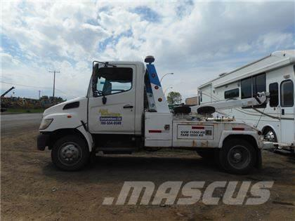 Tow Truck For Sale Canada >> Hino S A Tow Truck Canada 2007 21 000 Winch Oil Field Trucks