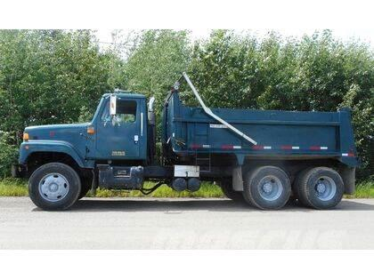 International 2574 Tandem Axle Dump Truck