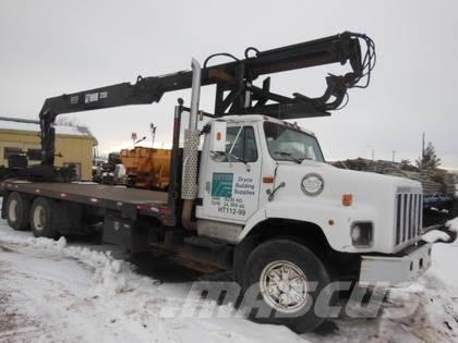 International 2674 Tandem Axle with Hiab 235K-2 Boom Truck