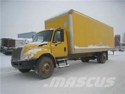 International 4200 S/A VAN TRUCK