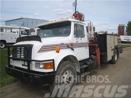 International 4900 S/A 4X2 SERVICE TRUCK