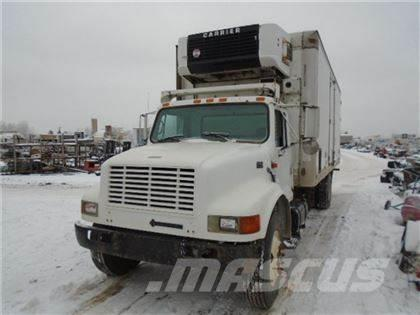 International 4900 S/A REEFER TRUCK
