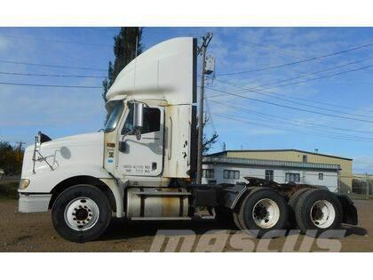 International 9200I Tandem Axle Day Cab Highway Tractor