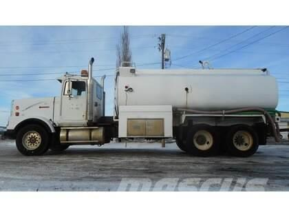 International 9300 Tandem Axle Water Truck