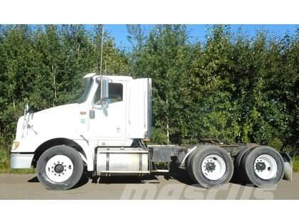 International Eagle 9200i Day Cab Tandem Axle Truck