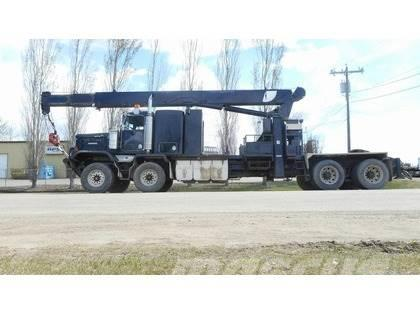 Kenworth C500B T/A T/A with 30 Ton National 1169 Boom Truck
