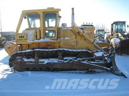 Komatsu D85E-18 Crawler Tractor