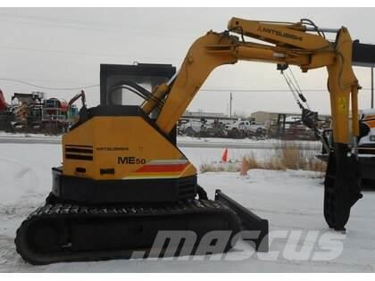 Mitsubishi ME50 Mini Excavator