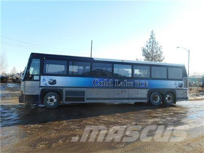 [Other] MCI 102C3 SS 44 PASSENGER 6X2 HWY MOTOR COACH