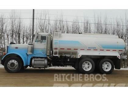 Peterbilt 379 Tandem Axle Tank Truck