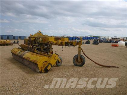 SMI PULL TYPE SWEEPER