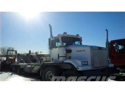 Western Star 4884F Tandem Tandem Cement Mixer Chassis