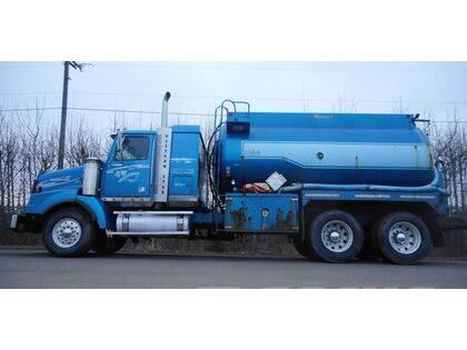 Western Star 4900EX Tandem Axle Sleeper Water Truck