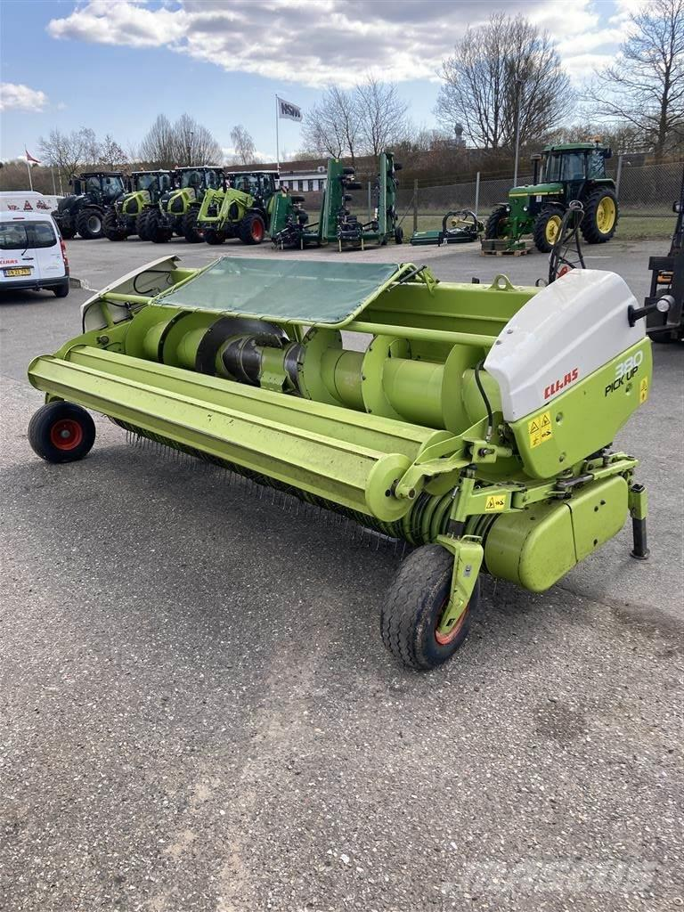 CLAAS 380 PICK UP
