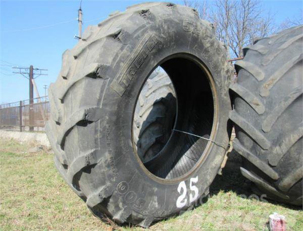 Pirelli 520/85 R