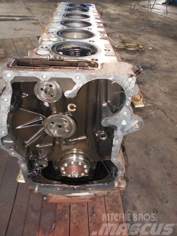 MAN EURO4, 480PS, D2676LF05, cylinder block, short blo