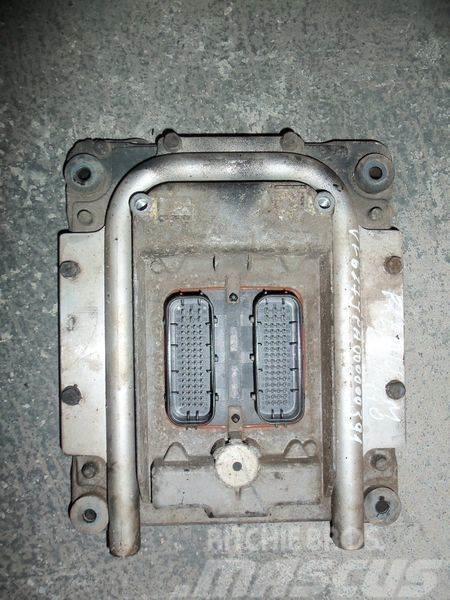 Renault engine control unit EDC 20814604