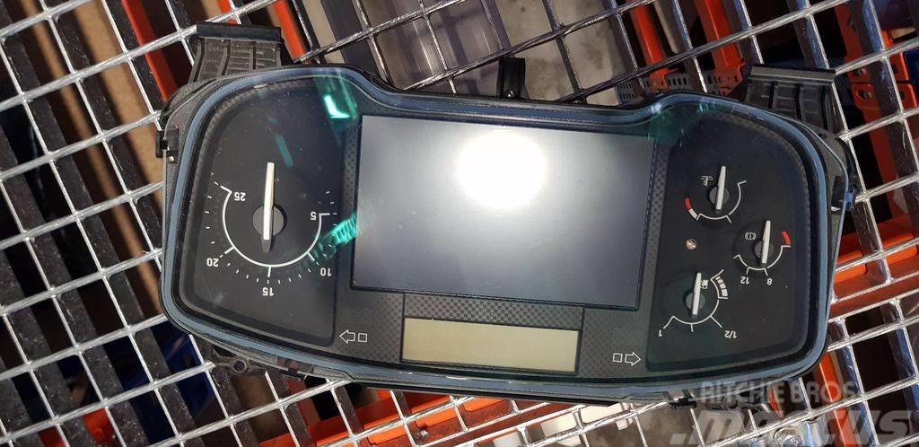 Renault EURO6 instrument panel, dashboard, instrument clu