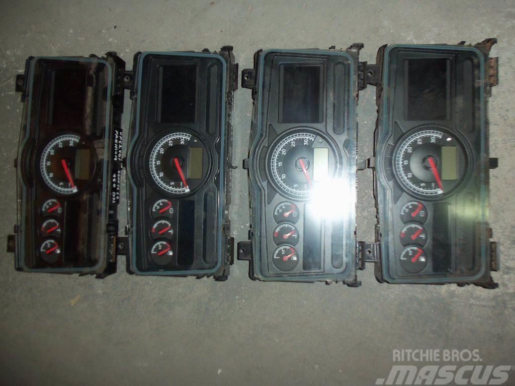 Renault instrument panel, dashboard, 7420771818