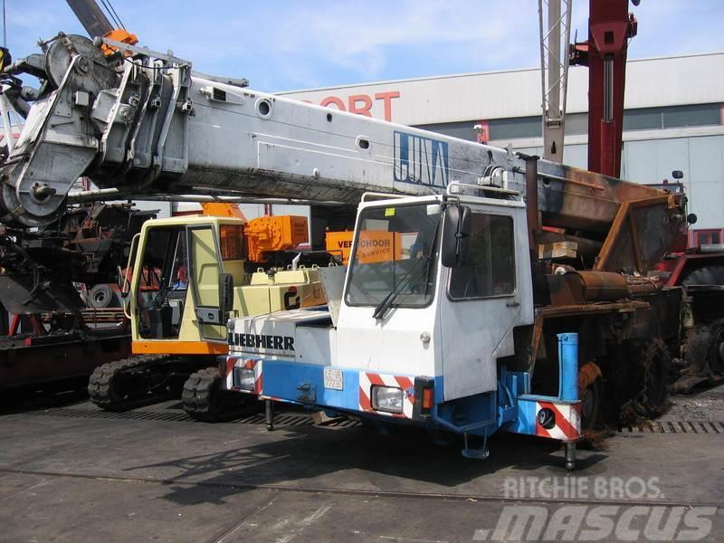 Liebherr LTM 1035-3 for parts