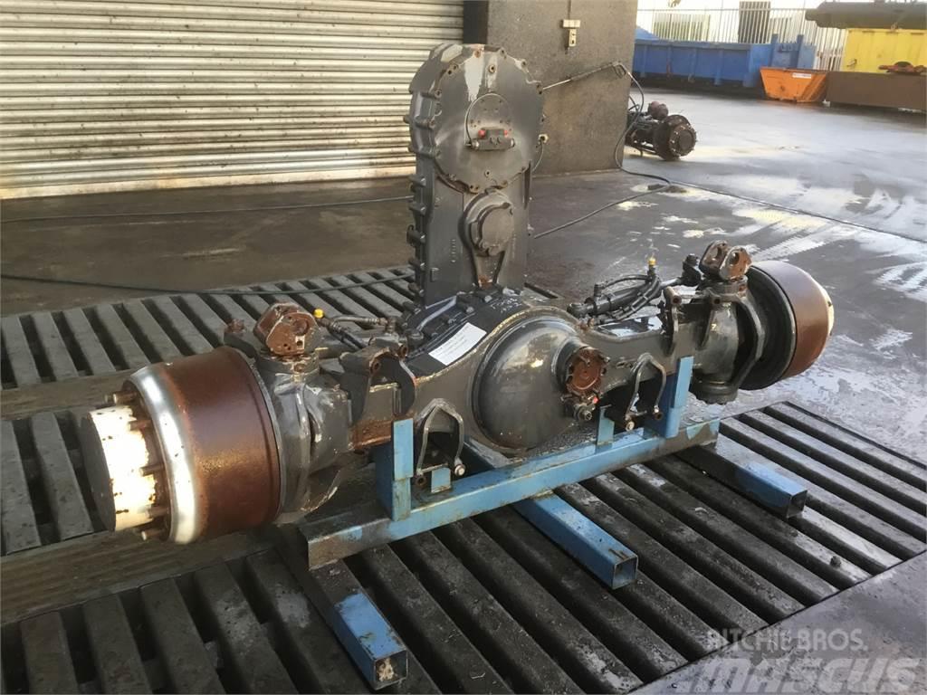Liebherr LTM 1045-3.1 Axle 2