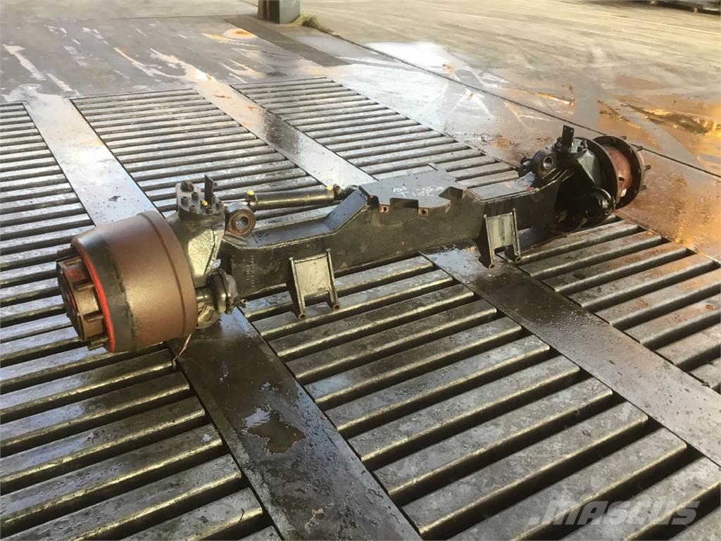 Spierings SK 477 axle 1