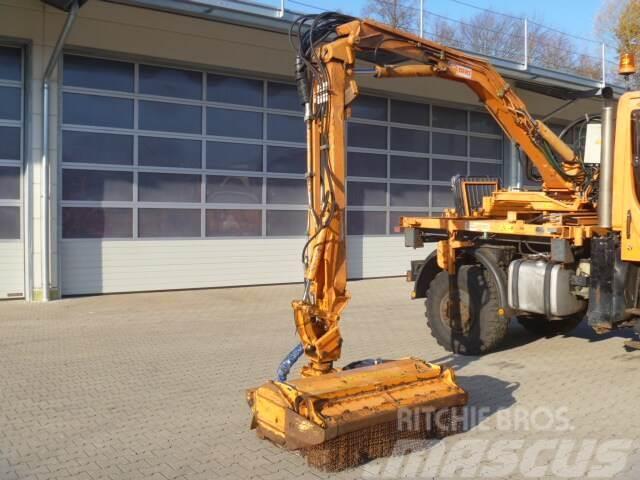 Unimog Aufbaumulcher Gilbers U400ST06EMP