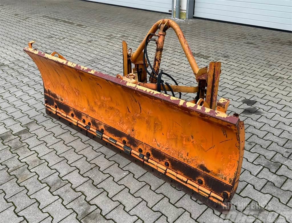 Unimog Erdschieber - Schneeschild Schmidt P3/EV-SW