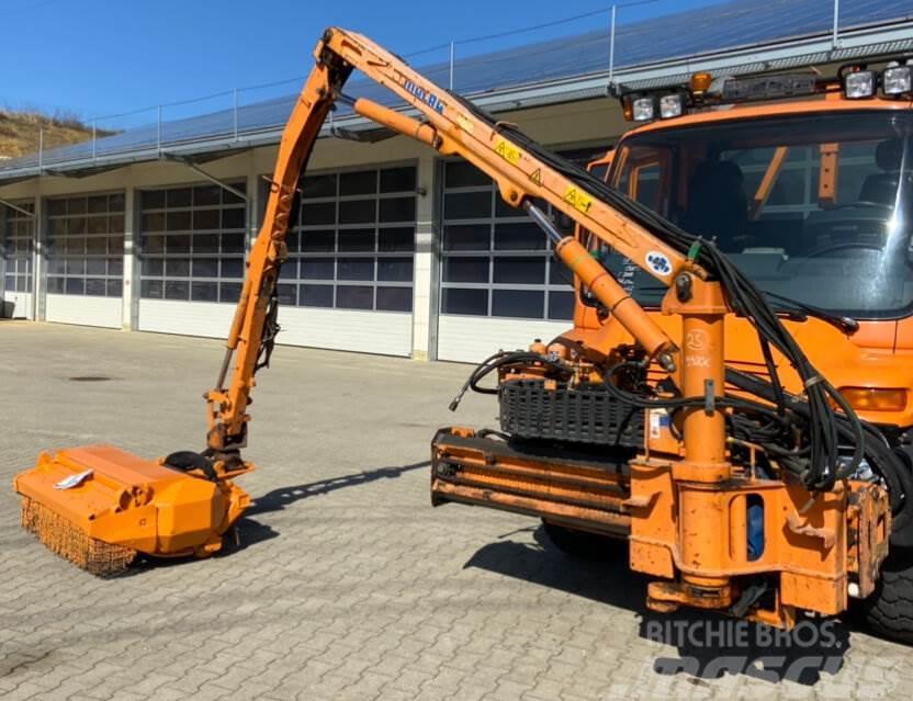 Unimog Heckmulcher Votex 2306