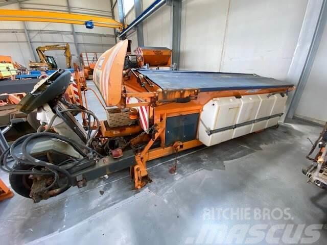 Unimog Salzstreuer Schmidt SAB40-36FR1750