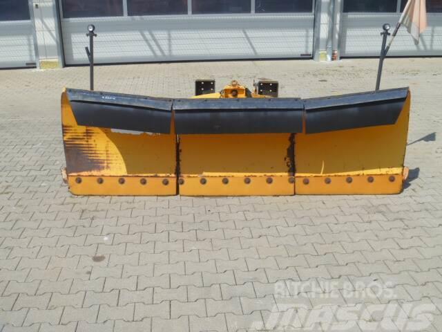 Unimog Schneepflug - Schneeschild Gmeiner Beil PV2