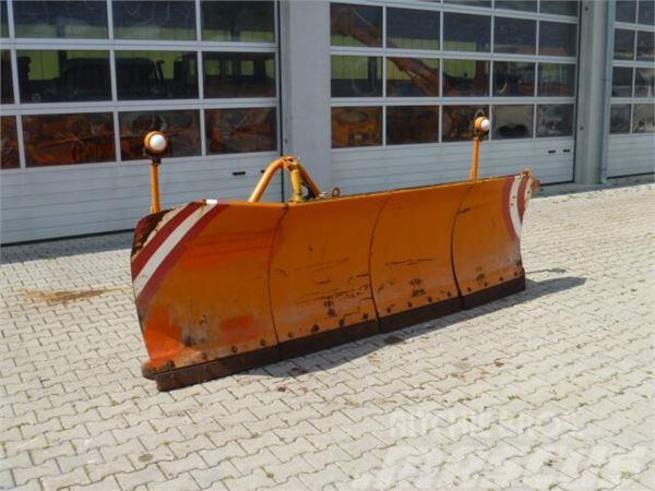 Unimog Schneepflug - Schneeschild Schmidt MF 3.3