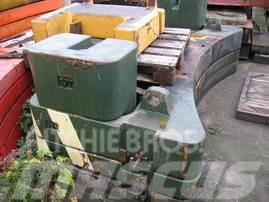 Krupp KMK 5110 counterweight
