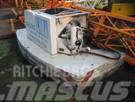 Liebherr LTM 1035/2 counterweight